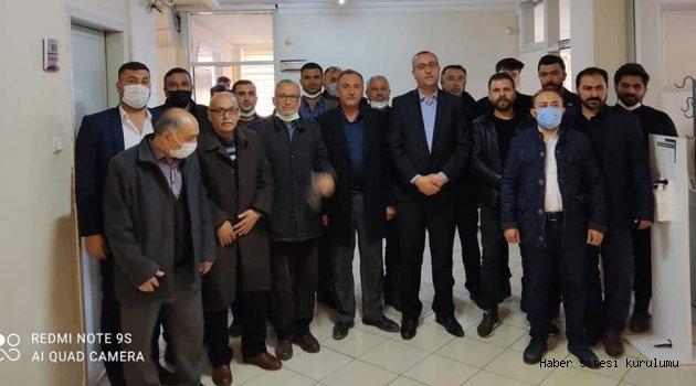 MHP YUNAK'DAN BAŞKAN KONAK'A HAYIRLI OLSUN ZİYARETİ