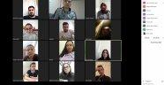 YUNAK'TAKİ OKULLARDAN ÖĞRENCİLERE ONLINE EĞİTİM DESTEĞİ